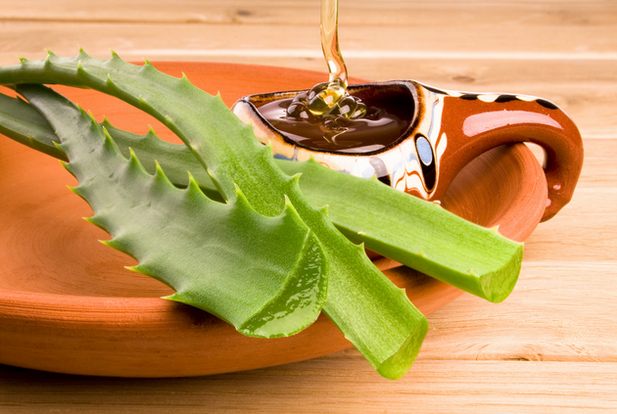 embedded_aloe_vera_and_honey.png